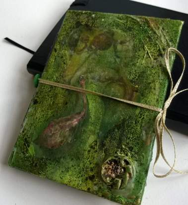 MIXED MEDIA cover contains 14 images